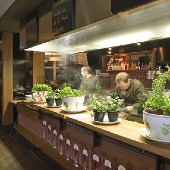 Topolino - Café & Restaurant