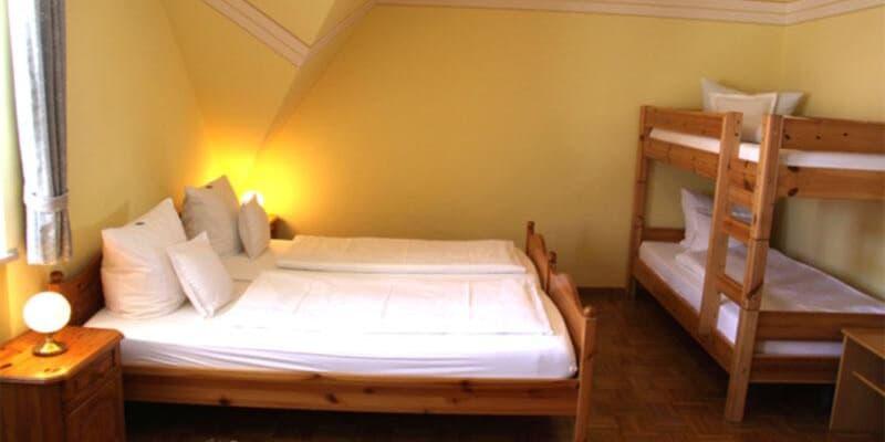 Zimmer im Gasthof zum Hirsch