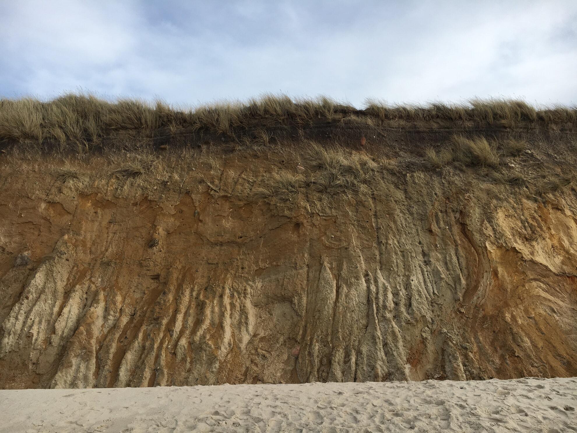 Rotes Kliff von unten