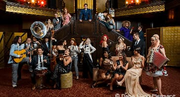 "SCOTT BRADLEE'S POSTMODERN JUKEBOX - ""Welcome To The Twenties"" Tour 2019"