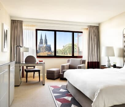 HYATT REGENCY COLOGNE, Rhine ​​view