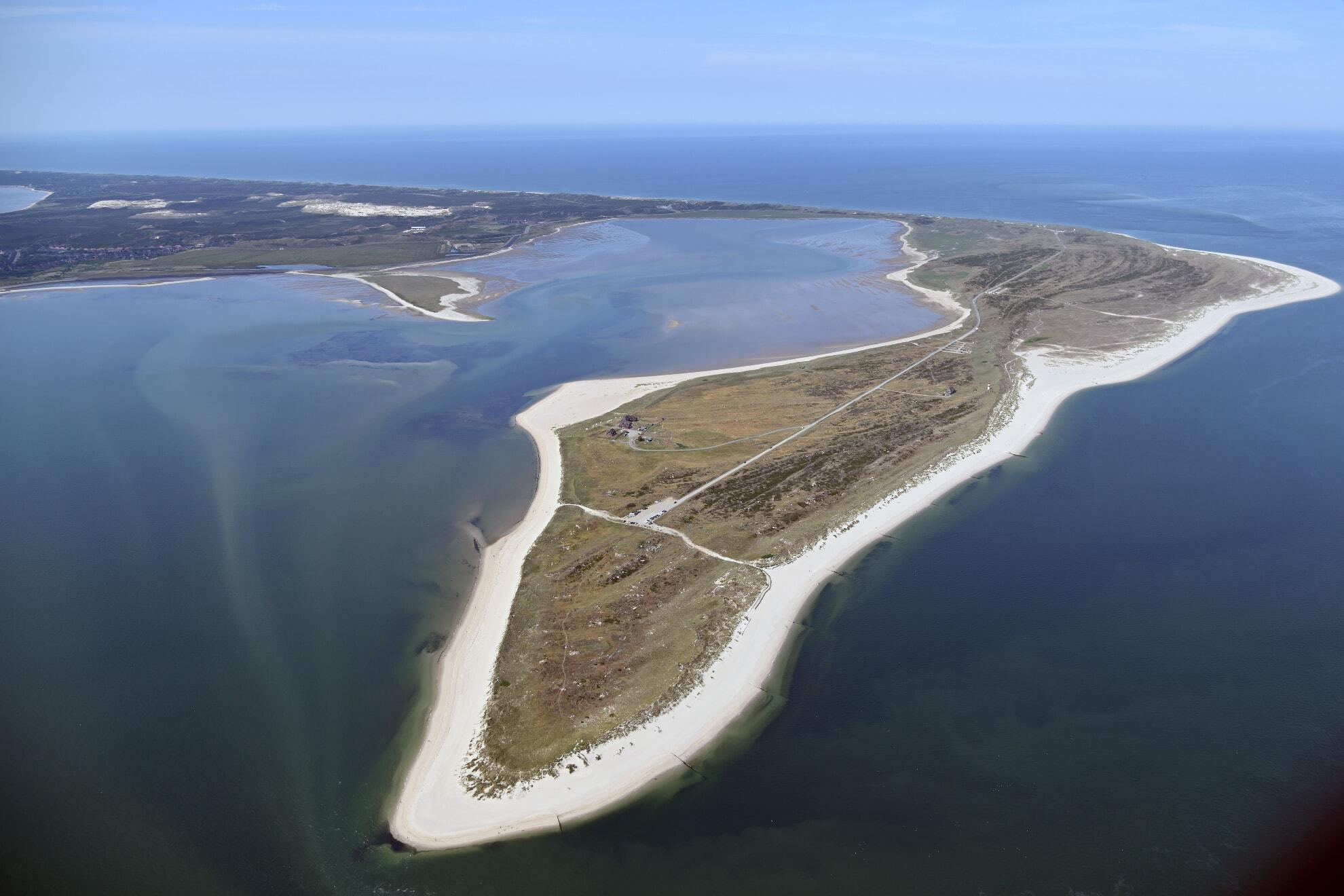 Ellenbogen mit Königshafen und Vogelschutzinsel Üthörn