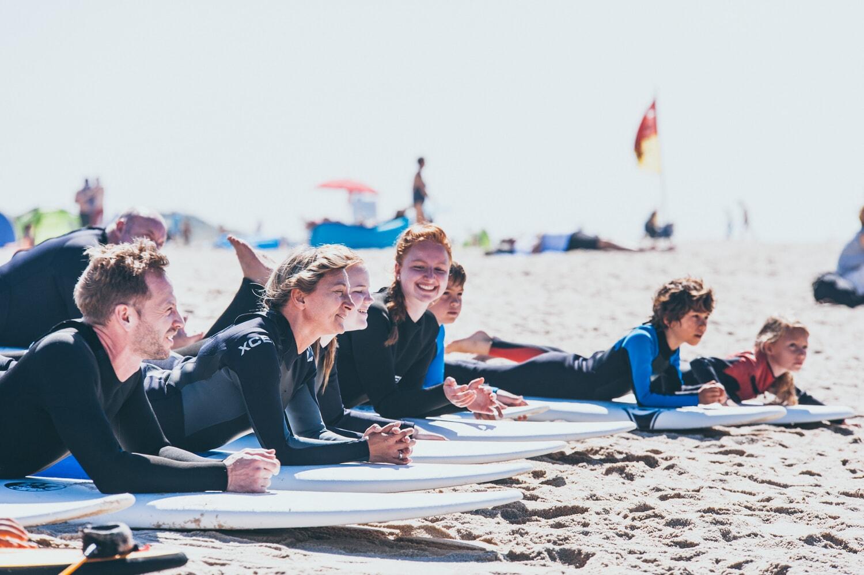 Anfängerkurse im Wellenreiten