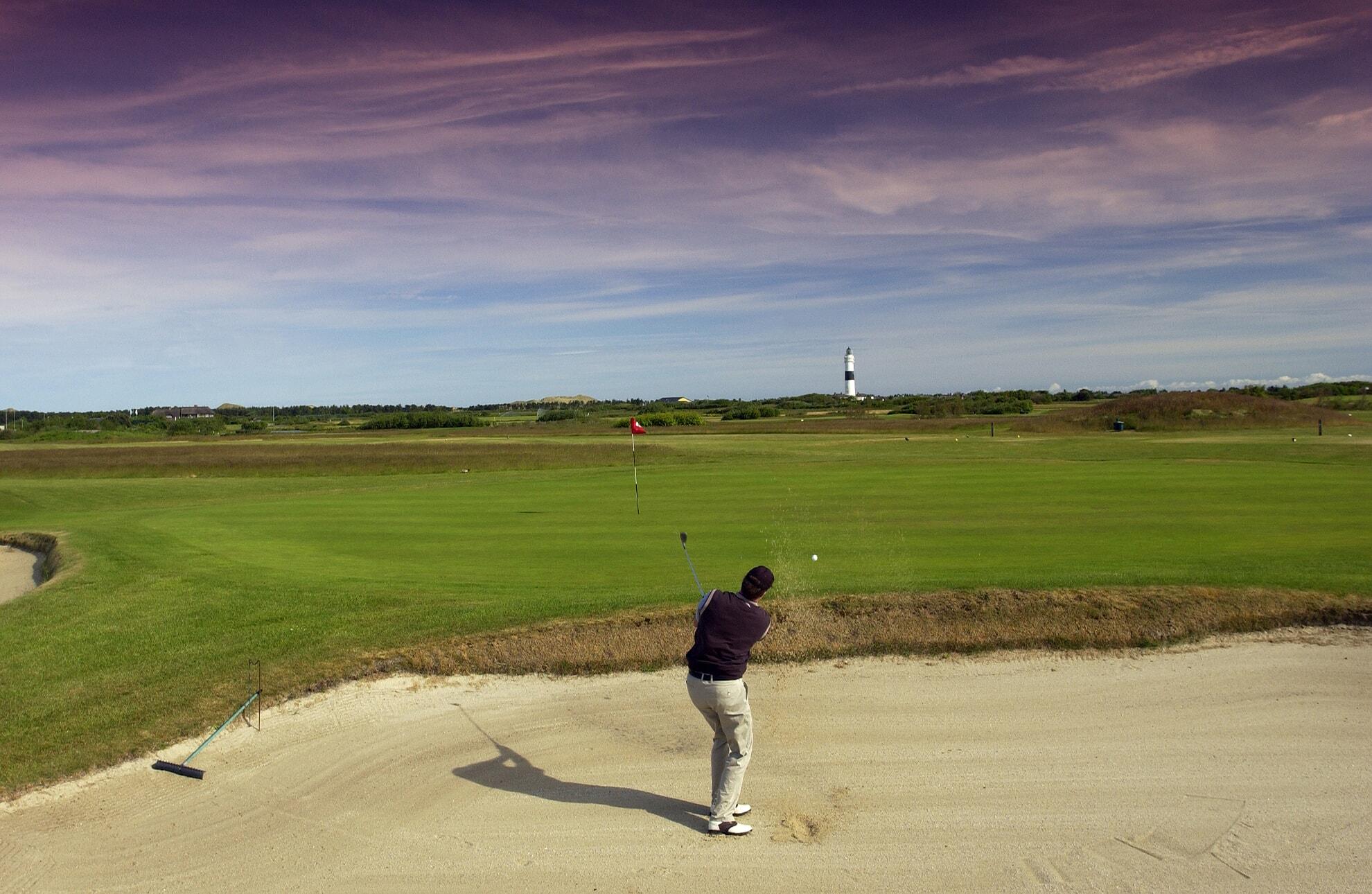 Abschlag auf dem Golf-Club Sylt