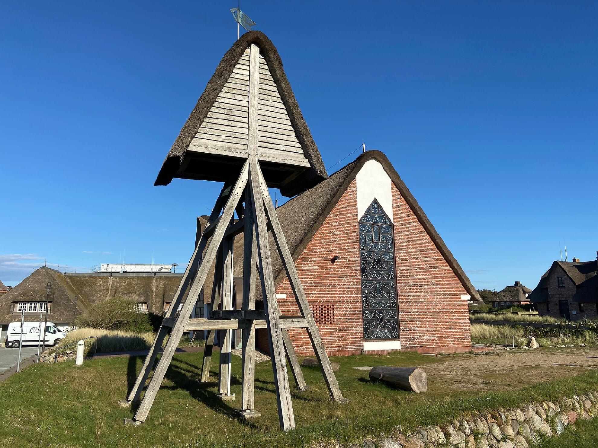 Glockenturm von St. Peter