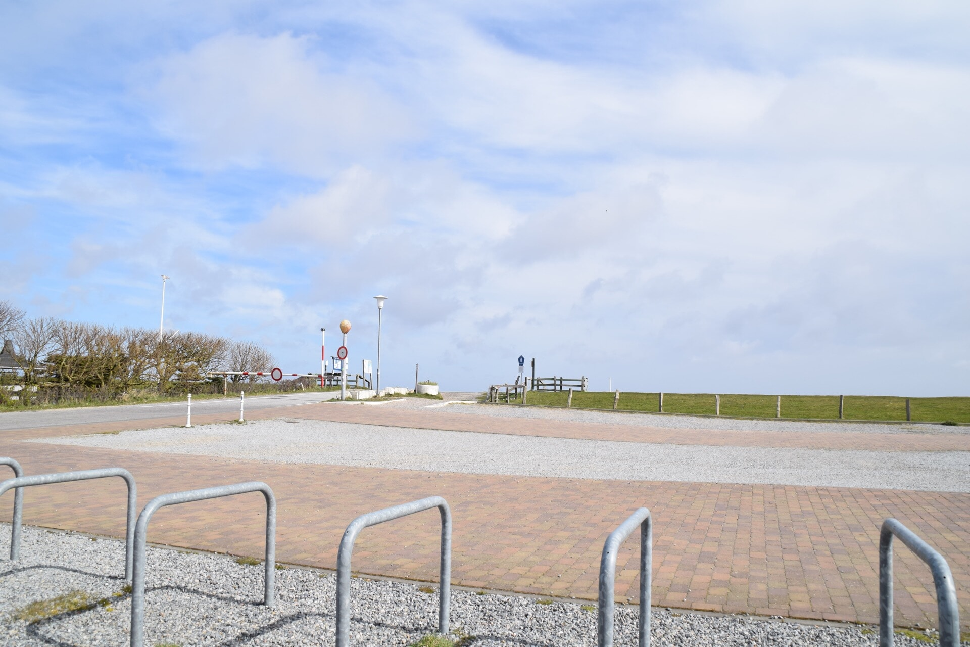 Parkplatz am Hafen
