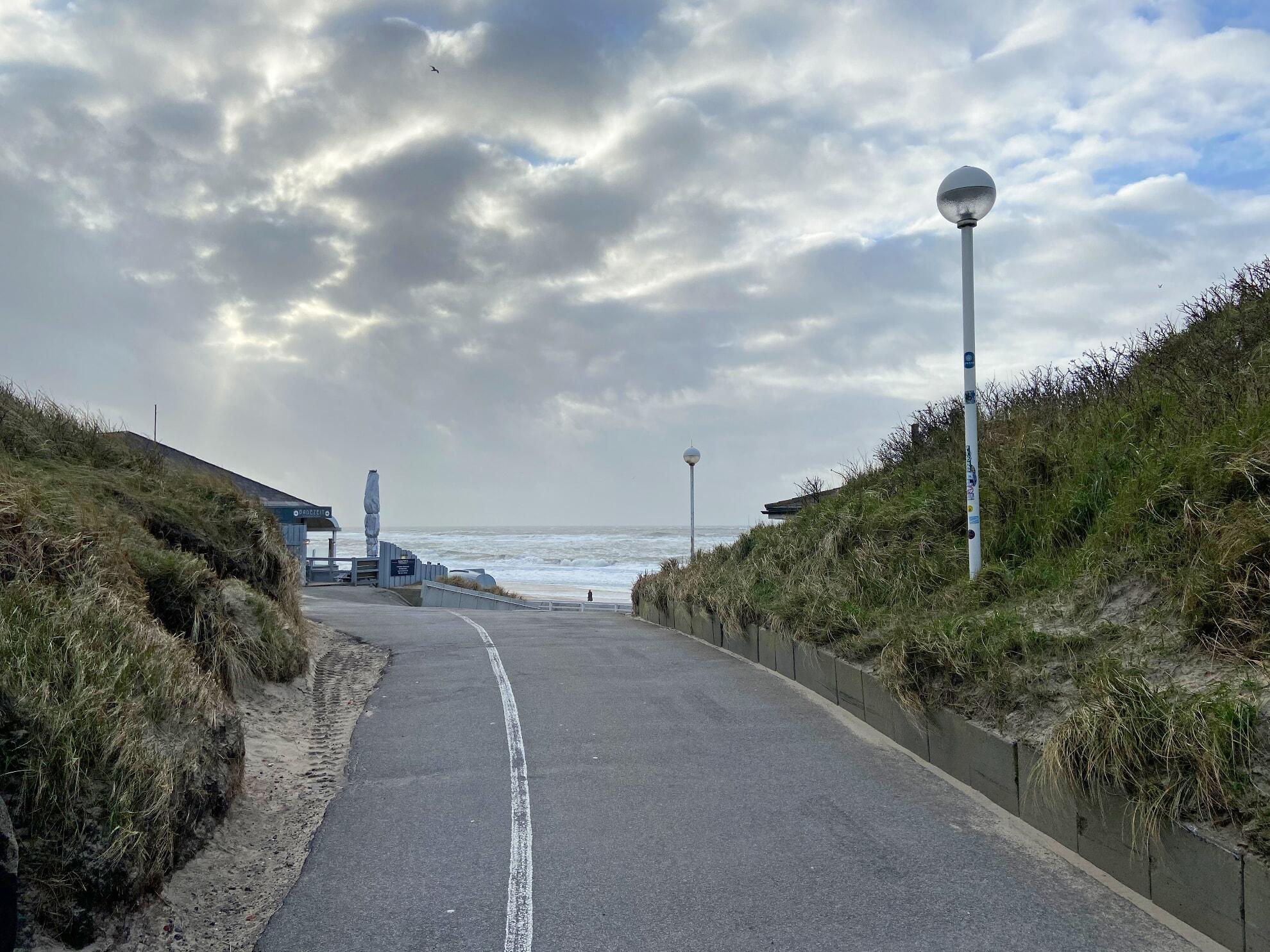 barrierefreier Strandübergang an der Badezeit