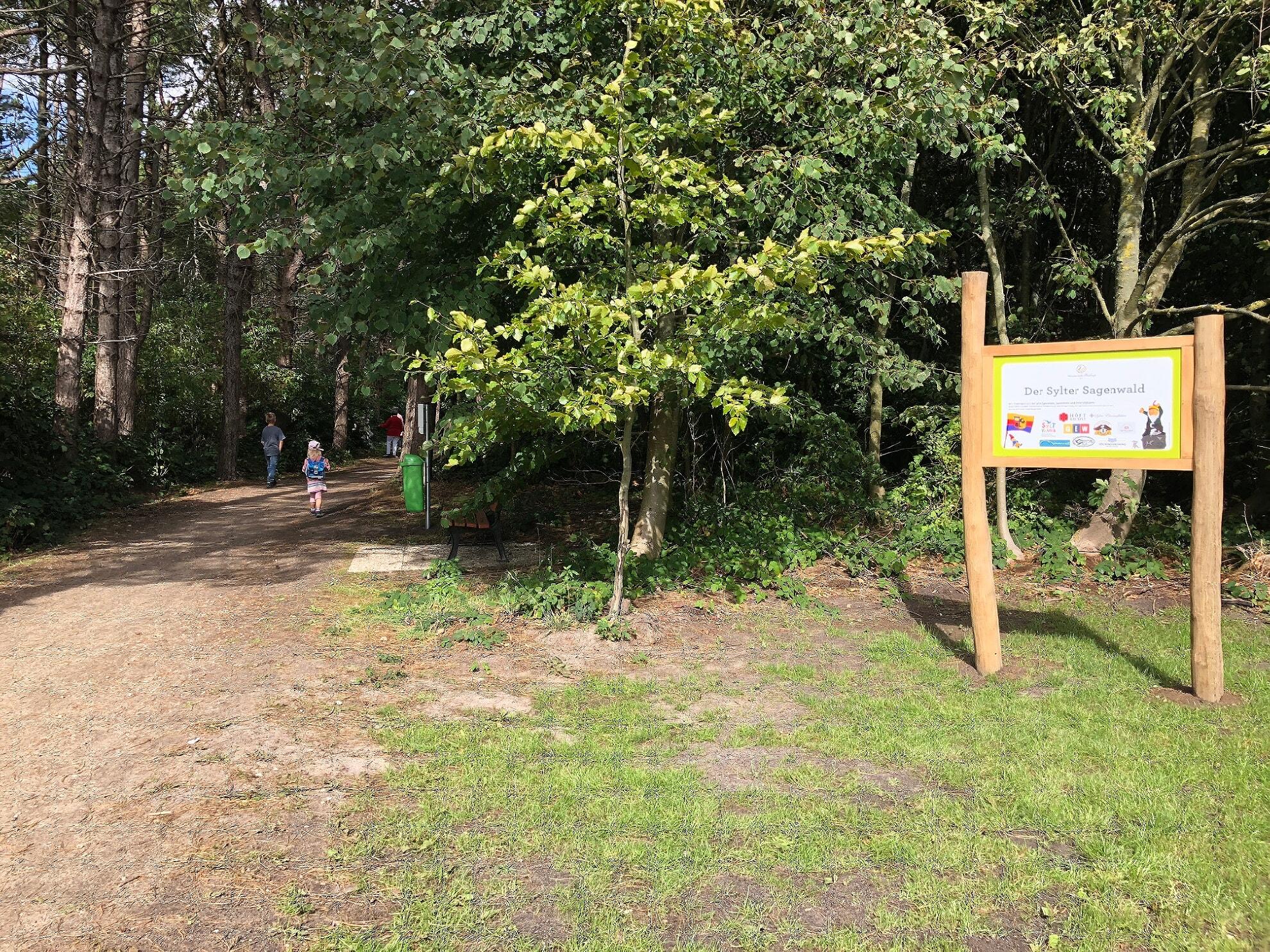 Eingang zum Sylter Sagenwald