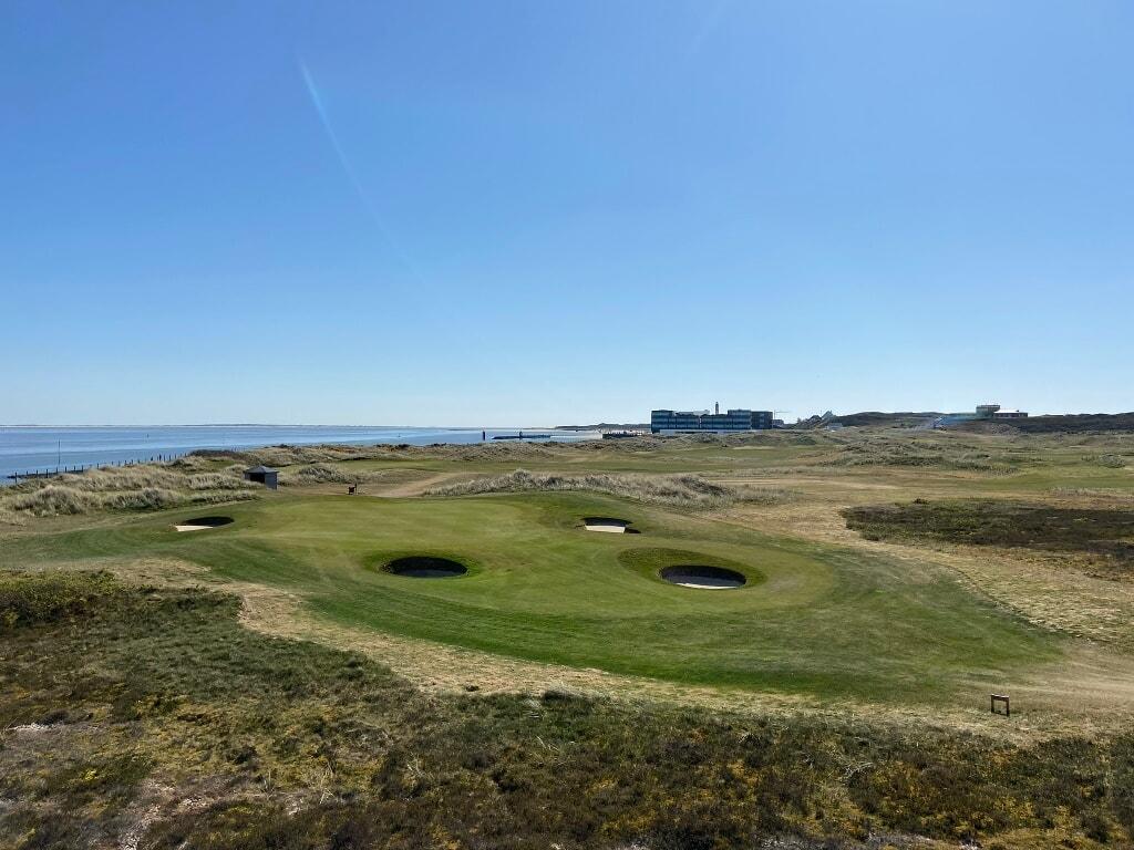 Blick auf den Golfclub Budersand