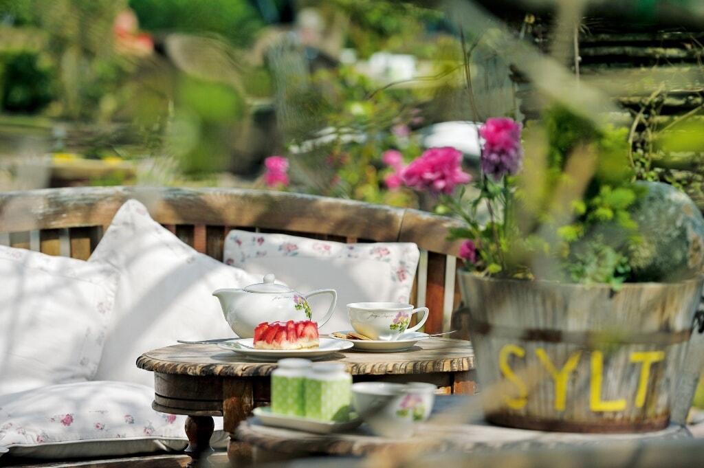 Der Rosengarten des Café Ingwersen