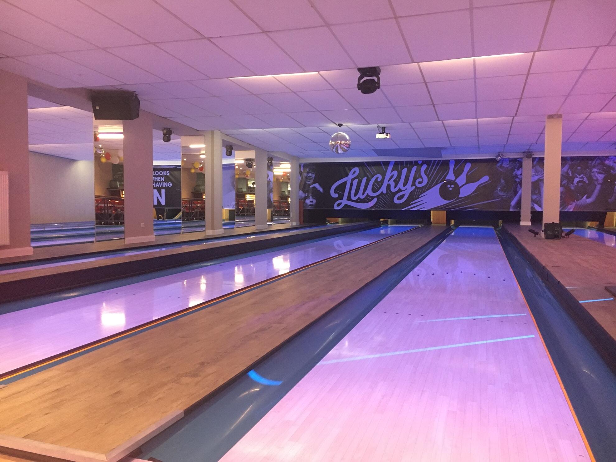 Bowlingbahn im Lucky's