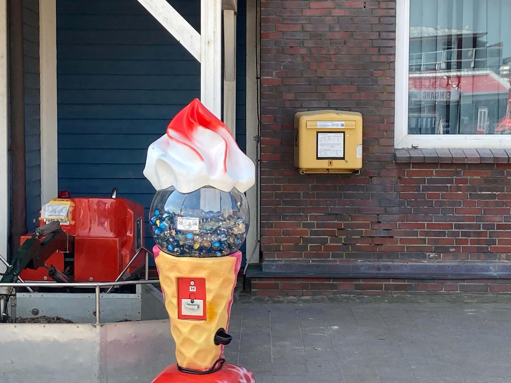 Briefkasten am Hafen