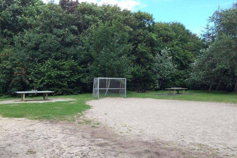 Fußballplatz auf dem Spielplatz-
